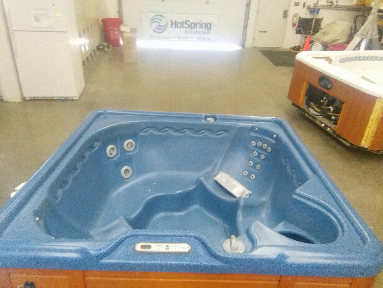 SOLD - 2003 Sumatran (Blue/Redwood) - Mountain Hot Tub
