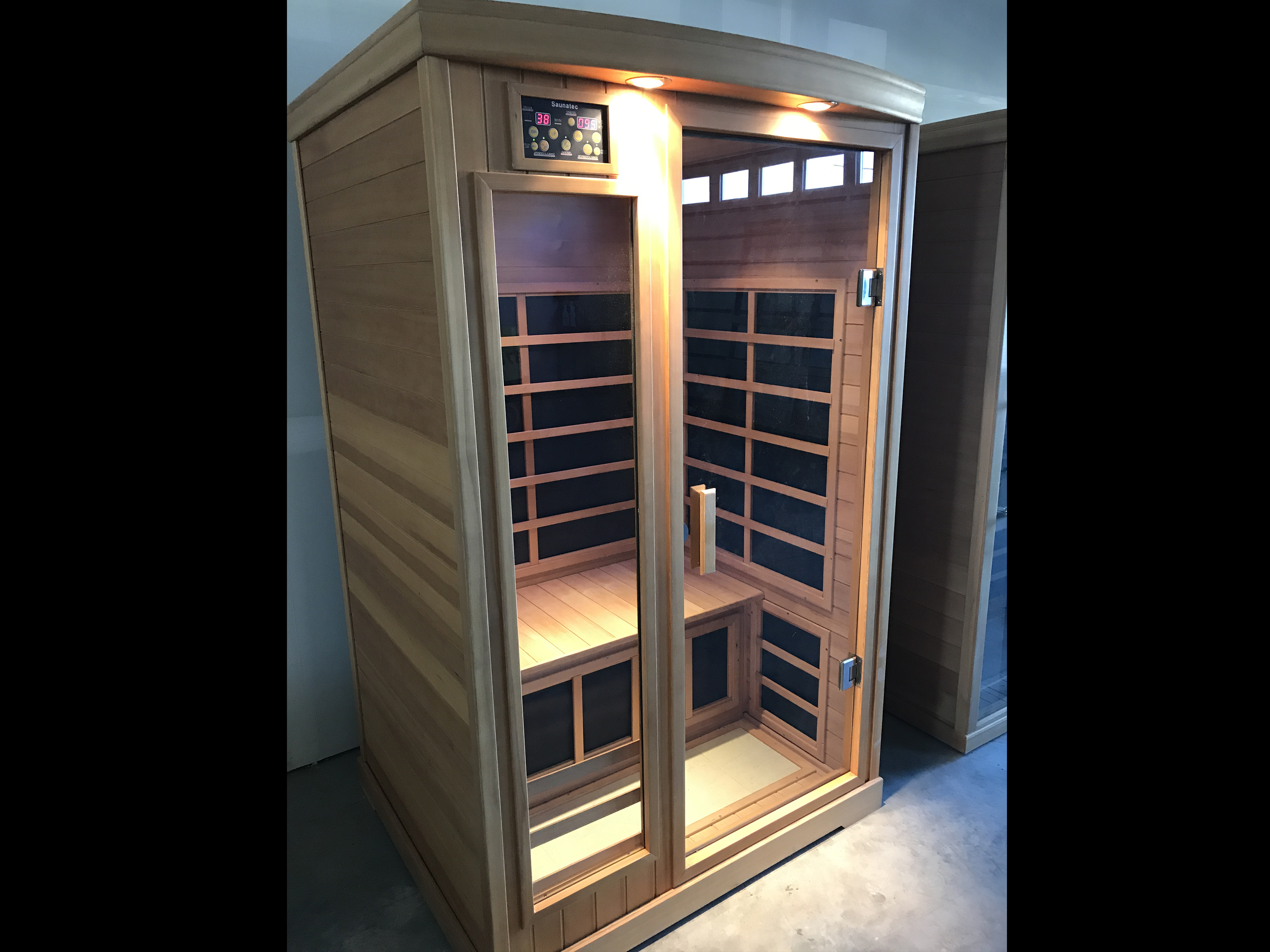 $1895 - B200 Infrared Sauna Room Family Image